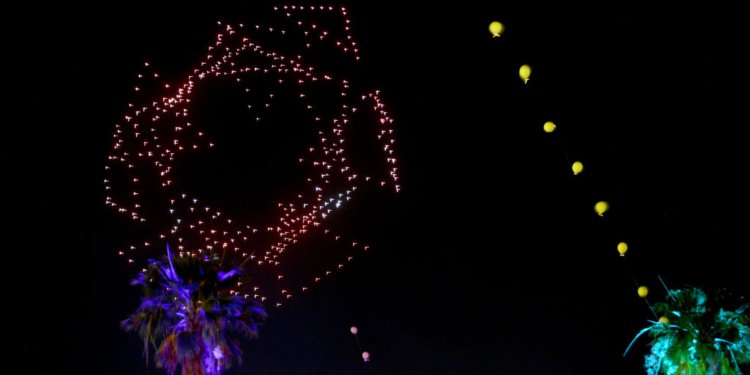 Complex 3D drone shapes are possible with the drone light show